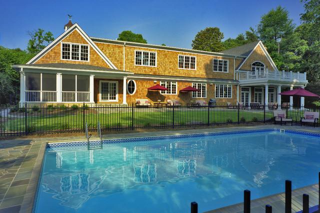 Nantucket Style Shingled House In Potomac, MC traditional-pool