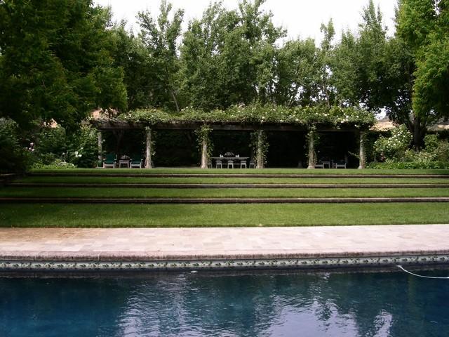 Napa Estate traditional-pool