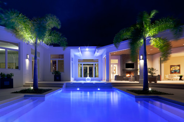 Naples florida modern private residence contemporary for Pool design naples fl