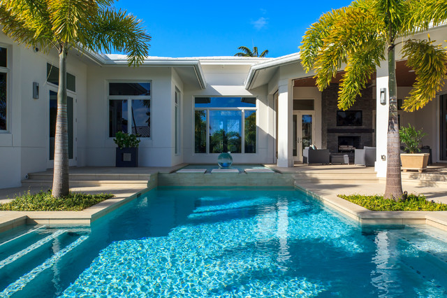 Gentil Naples, Florida Modern Private Residence Contemporary Pool