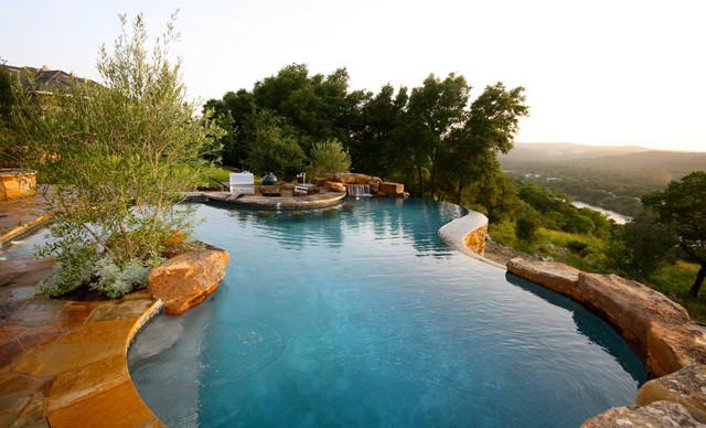 Natural Infinity Pool Traditional Pool Austin By