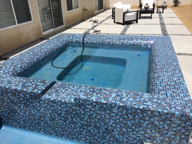 New Pool Amp Spa In Dhs With Custom Concrete Amp Mosaic Glass Tile