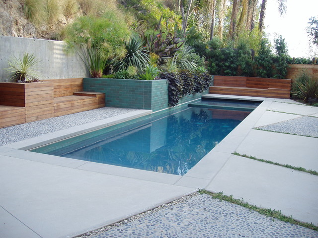 New pool construction formal traditional pools for Constructor piscinas