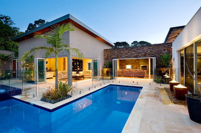 Noosa villa by design unity mediterranean pool for Pool villa design
