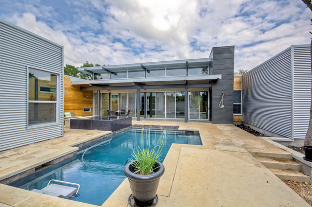 Oak Estates contemporary pool