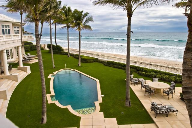 Ocean Front Residence mediterranean-pool