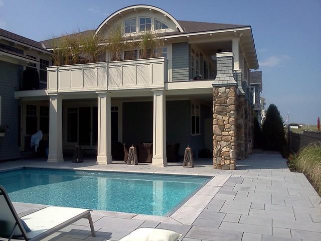 Oceanside Living in Seabrook, NH traditional-pool