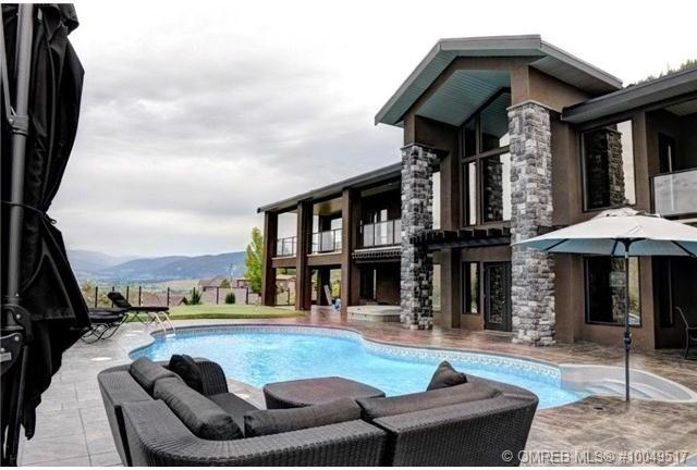 Okanagan- Private Residence traditional-pool