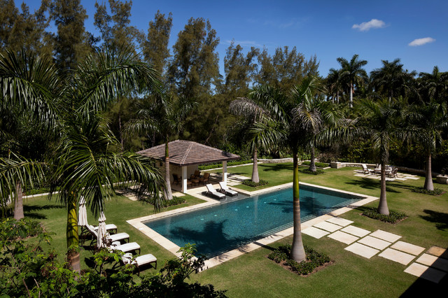 Old florida refined by bell la tropical pool miami for Pool design miami