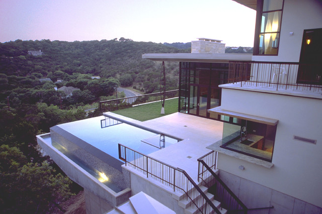 Over the cliff with Negative Edge - Contemporary - Swimming Pool ...