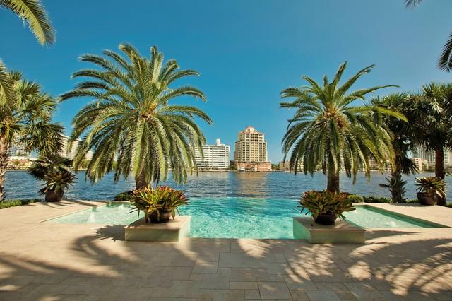 OverFlow tropical-pool