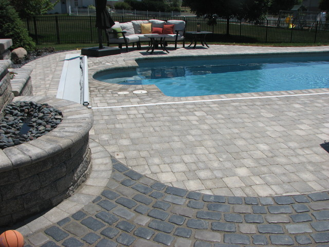 Paver Pool Deck, Pool, and Water Feature, Frankfort, IL traditional-pool