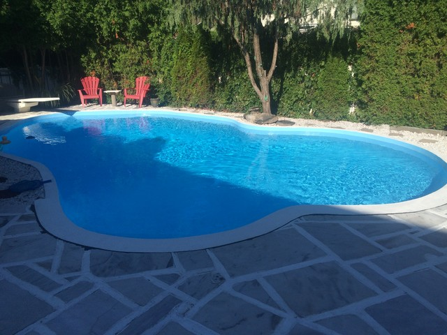 Peinture piscine boucherville modern pool other for Peinture piscine