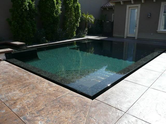 Perimeter Overflow Pool Los Angeles By Allstate