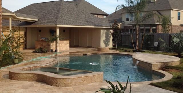 Pine Mill Ranch Dream Yard traditional-pool