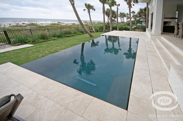 Ponte vedra beach pools beach style pool for Pool edges design