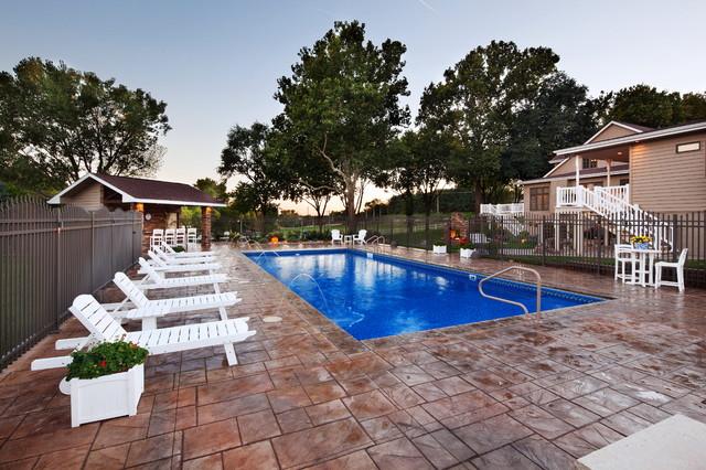 Pool and cabana traditional pool omaha by t hurt for Pool design omaha