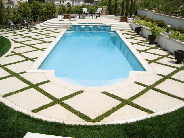 Pool spa traditional pool los angeles by gilson for Pool design los angeles