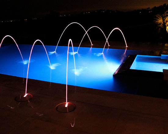 Pool and Spa with Fountain Spitters -