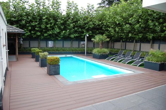 Pool Deck with Fiberon Composite Decking - Contemporary ...