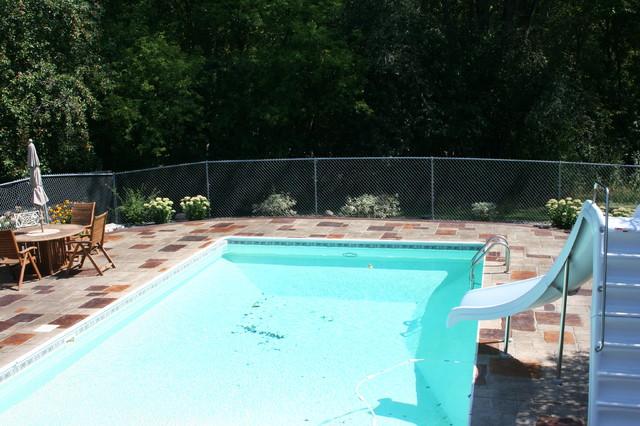 Pool Decks traditional-pool