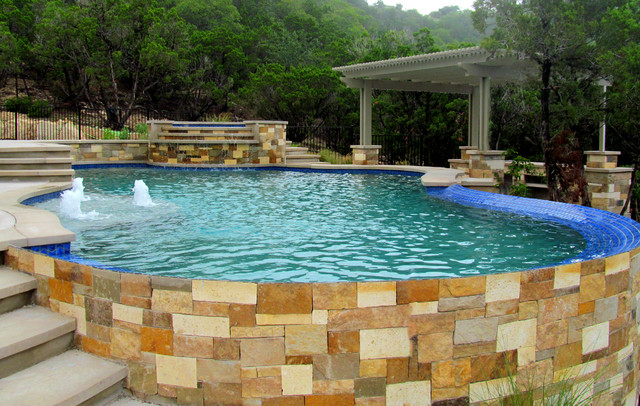 Lueder Stone Pool Coping