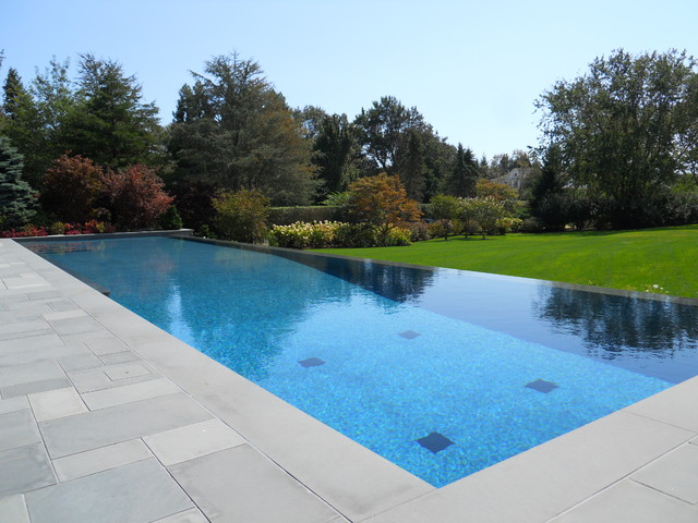 Infinity edge negative edge rimless pools - Infinity edge swimming pool ...