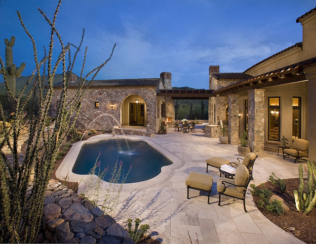 traditional pool by R.J. Gurley Custom Homes