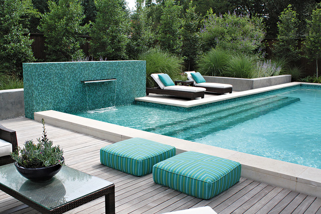 Pool with Mosaic Wall and Fountain contemporary-pool