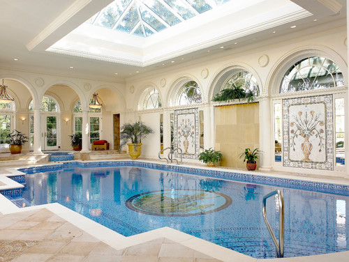 Embellishing Your Swimming Pool with a Mural