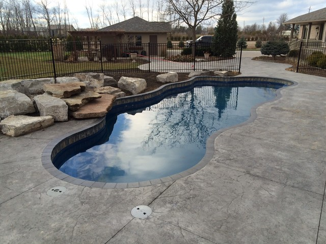 Backyard Getaways Herrin Il : Pools, Spas and backyard Getaways pool