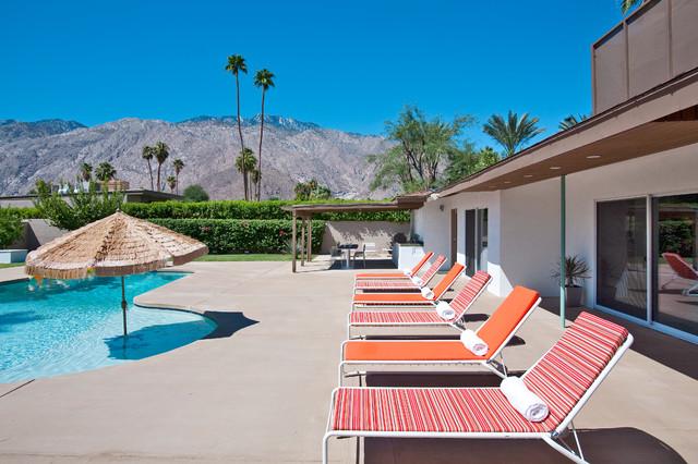 Poolside in Palm Springs modern-pool