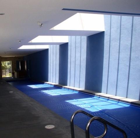 Presser Residence contemporary-pool