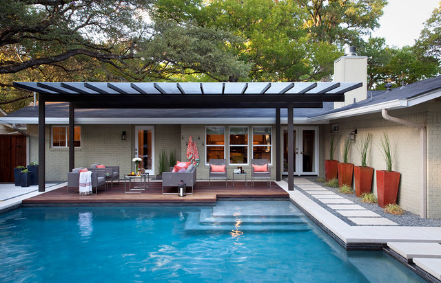 Prickly pear modern pool austin by austin outdoor for Pool design austin