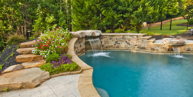 Property Masters traditional-pool