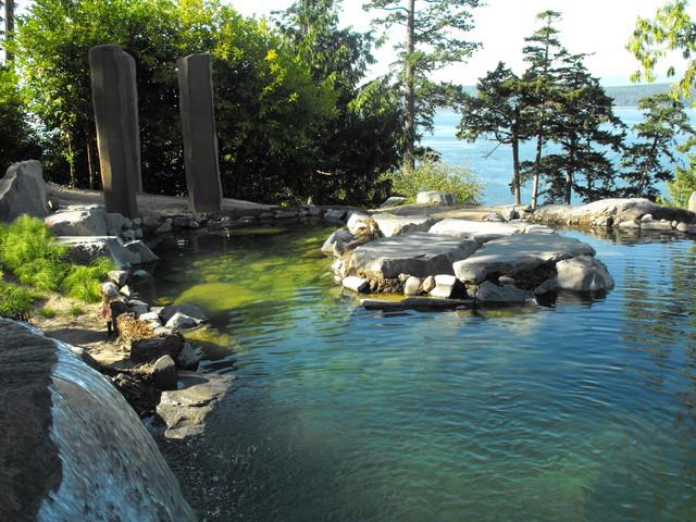 Puget Sound Retreat asian-pool