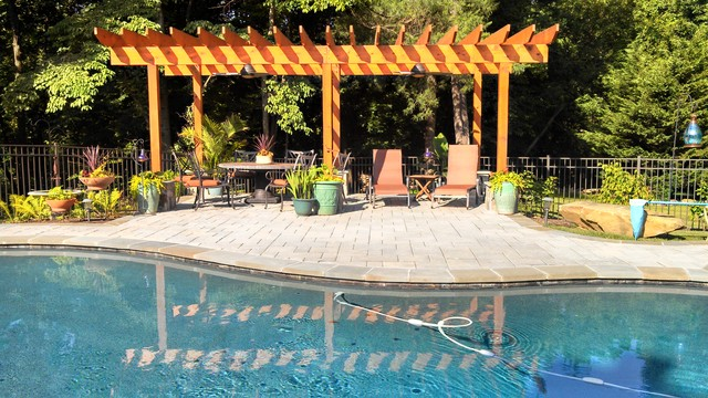 Purcellville pool arbor outdoor kitchen shed for Show parameter pool