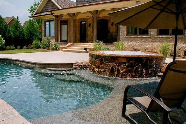 Raleigh Pool traditional-pool