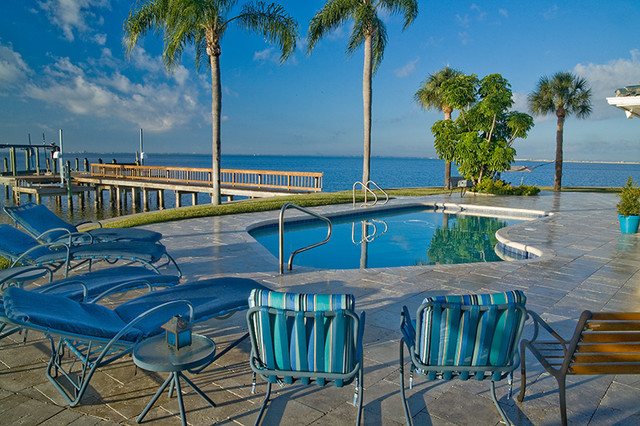 Ramos Design Build Corporation - Tampa modern-pool