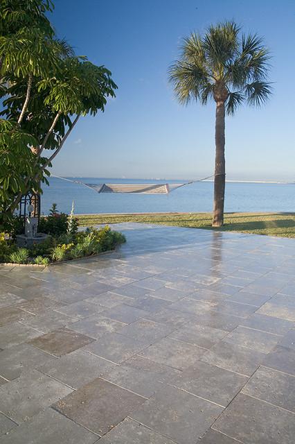 Ramos Design Build Corporation - Tampa modern-pool