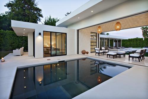 Minimalist Pool Decoration