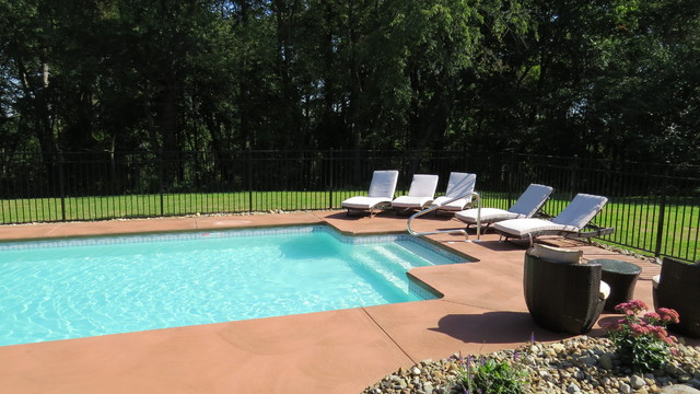 Rectangle pittsburgh pa modern pool other metro for Pool design mcmurray pa