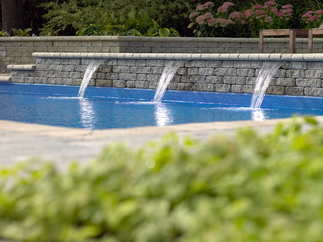 rectangle pool with sheer descent water feature modern pool - Rectangle Pool With Water Feature