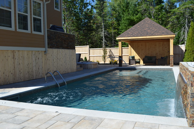 Rectangle pool with water feature - Rectangle pool with water feature ...