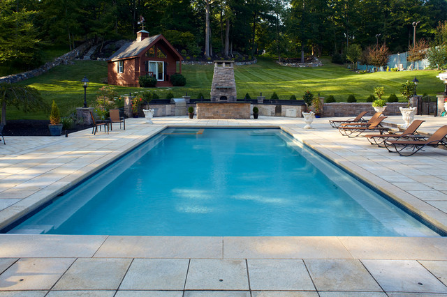 Exceptionnel Rectangle Pools Traditional Swimming Pool And Hot Tub