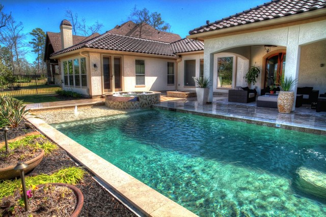 Rectangular Pool With Walkover Water Feature Fire Pit