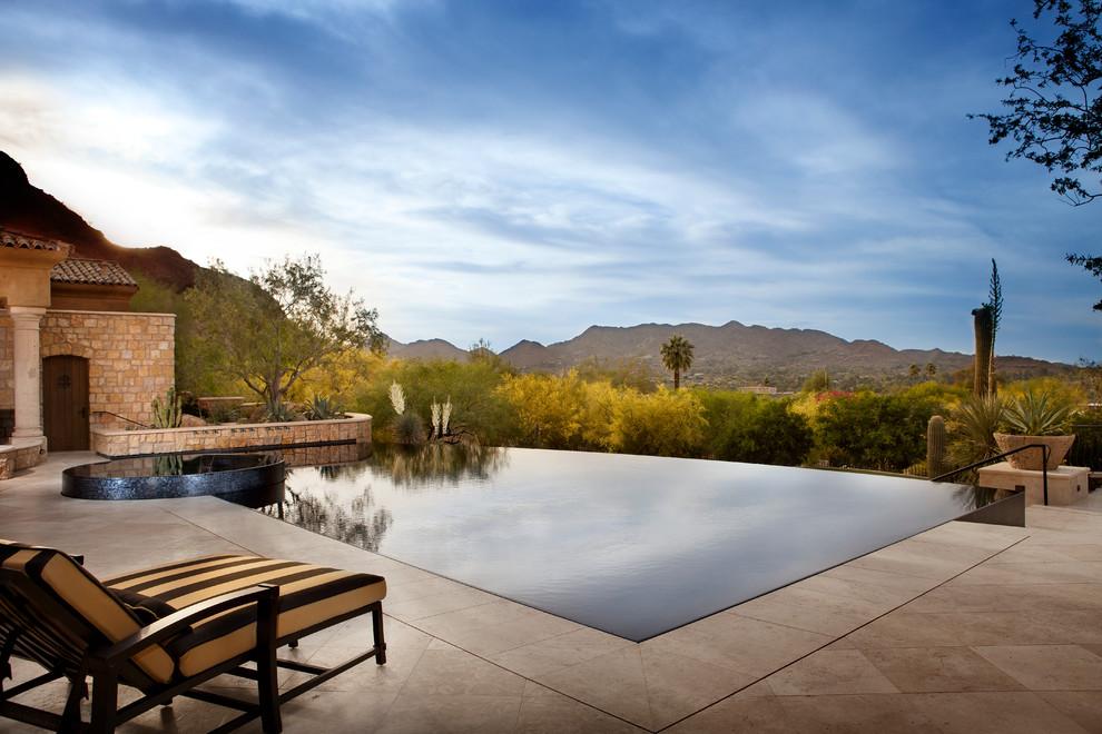 Pool - contemporary infinity pool idea in Phoenix