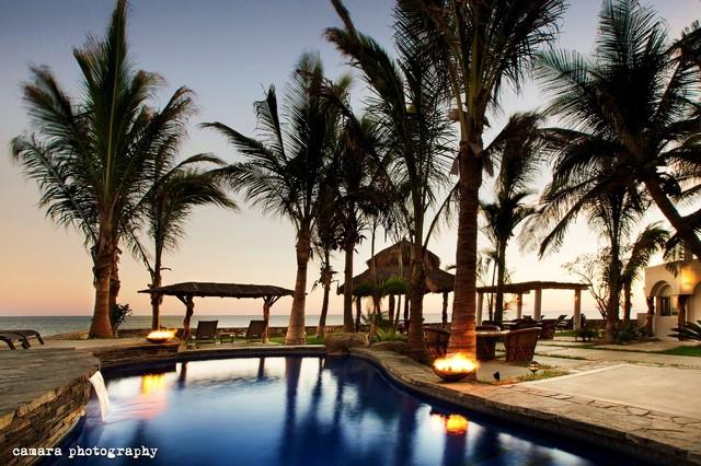 Renovation Salina del Mar tropical-pool