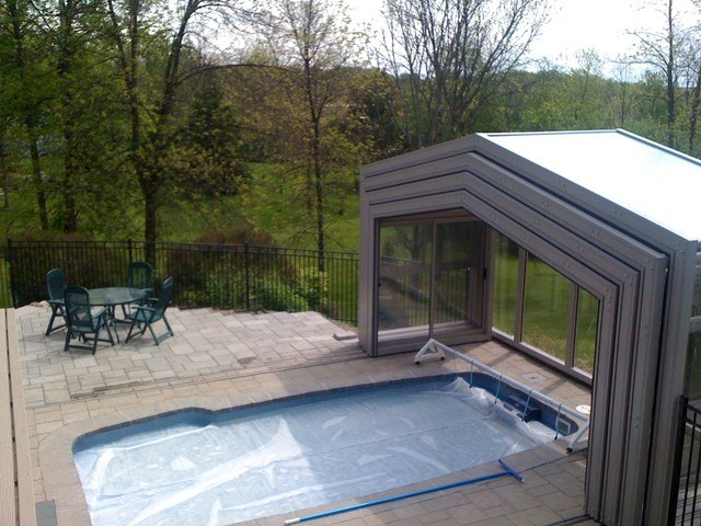 Retractable pool enclosure open modern pool other for Telescopic pool enclosures