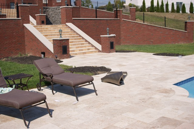 Roman Blend Pavers traditional-pool